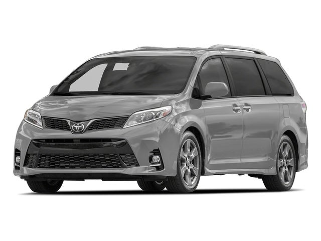 2018 Toyota Sienna SE Premium in Madison WI