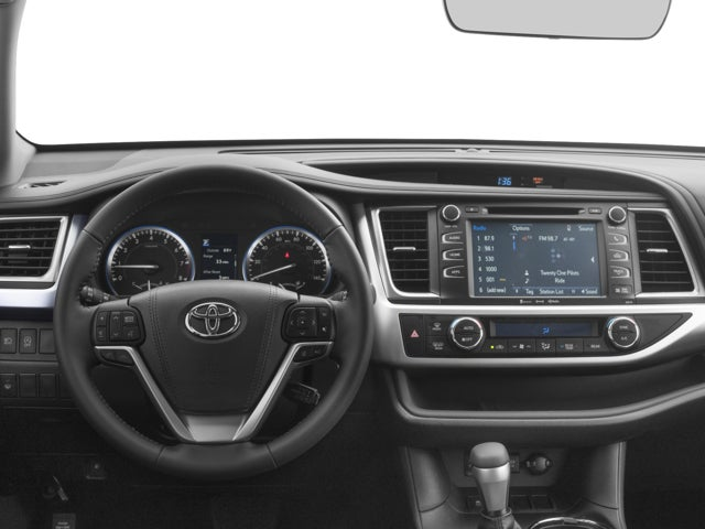 2018 Toyota Highlander XLE in Madison WI